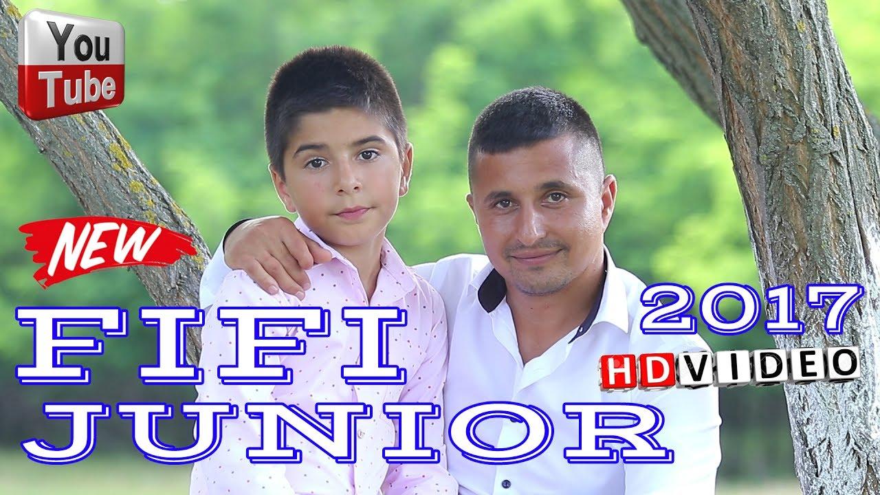 FIFI JUNIOR - Sarut mana tata si lui maicuta   Ce om bun e tata si maicuta mea ( FIFI de la Celaru )
