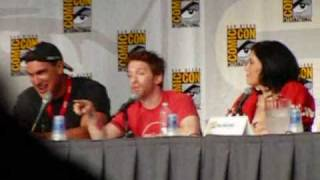 download lagu Family Guy Panel Comic Con 2010 W/ Down Syndrome gratis