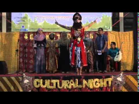 Cultural Night Indonesia Korea (padus Medley Part Iii) video