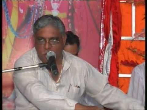 Sham Teri Bansi  Baje Dhere Dhere..  Bhajan .by Suresh Malik.. video
