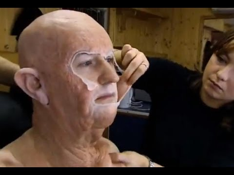 Mark Gatiss undergoes a 3 hour make up session to get into character for his role as Dr Lazarus in Doctor Who Series 3 episode The Lazarus Experiment. Subscr...