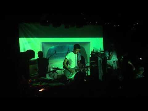 "Earthling ""Nefisa LIVE"" à La Maroquinerie le 04 11 2011"