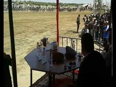 الوزير صلاح الدين مزوار يحضر فعاليات اختتام مهرجان تفتاشت