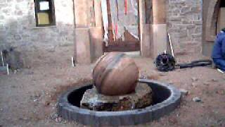 rolling sphere fountains statues 03