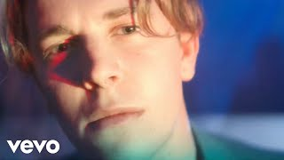 Tom Odell - Wrong Crowd (Official Video)