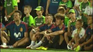 Аншлаг на трибунах: в Краснодаре провела открытую тренировку сборная Испании - Россия 24