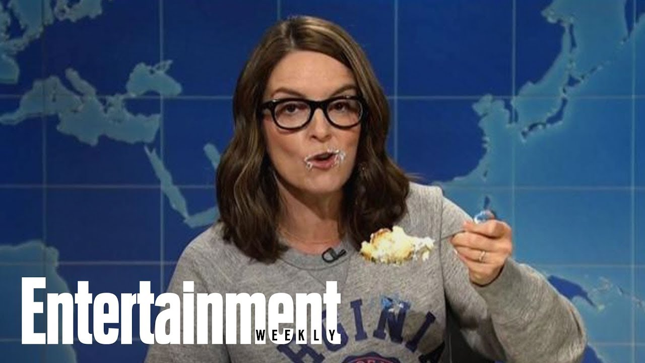 Tina Fey Eats Cake While Ripping Into Trump On Weekend Update | News Flash | Entertainment Weekly