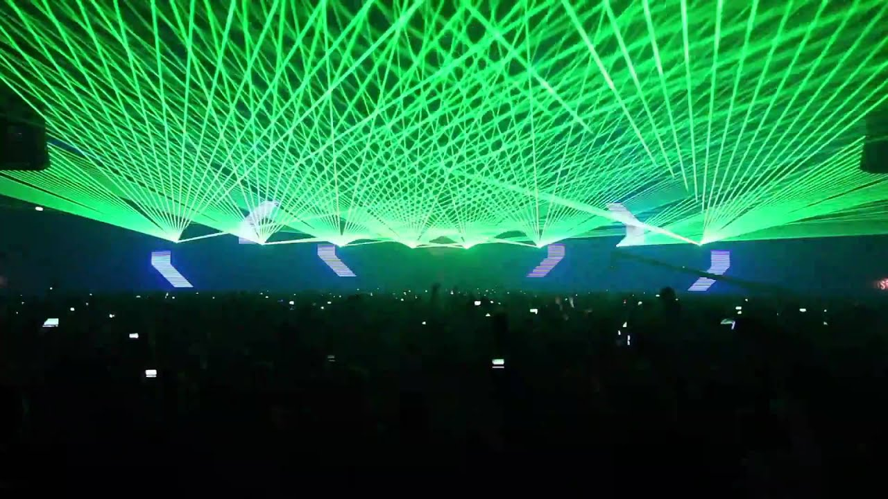 how to add people to party in laser league