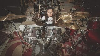 Eduarda Henklein (5 anos) cover Deep Purple - Black Night