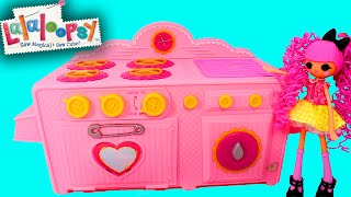 Lalaloopsy Baking Oven Unboxing with Lalaloopsy Girls Crumbs Sugar Cookie