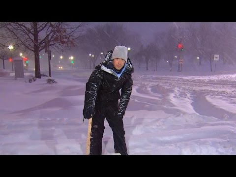 Massive winter storm marches up East Coast