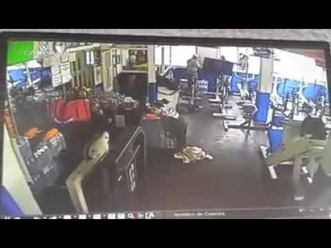 asalto a gym Tlalnepantla, Estado de Mexico.