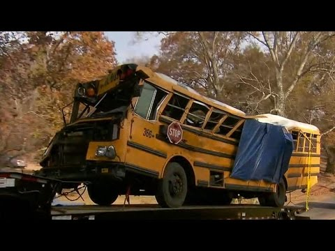 Driver charged in deadly Tennessee school bus crash