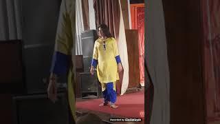 Kya mast larki hy - deai girl hot mujra dance