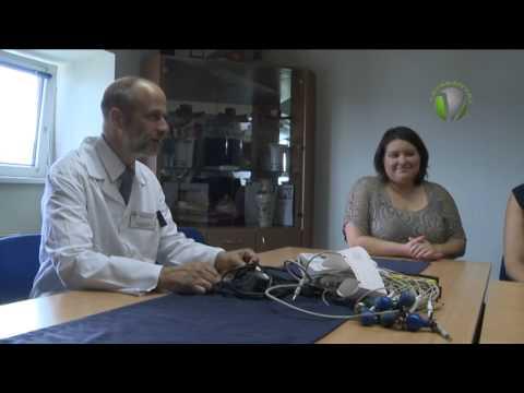 Saját dolgozóinak adományaiból egy EKG berendezéssel bővült a Szent Borbála Kórház