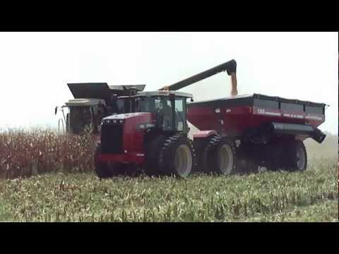 New Versatile Combine and Versatile 375 tractor with Farm King grain cart - Farm Progress 2012