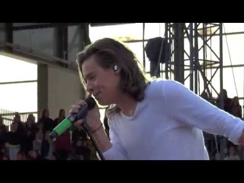 Where Do Broken Hearts Go  + Midnight Memories - One Direction live @ Horsens 16/06/2015