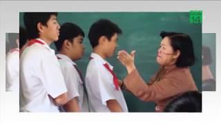 Phụ huynh tố giáo viên bắt hàng loạt học sinh tự tát 50 cái vào mặt   VTC14