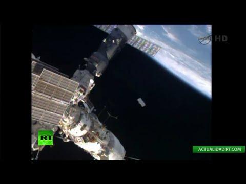 EN DIRECTO: Cosmonautas rusos de la EEI salen al espacio abierto