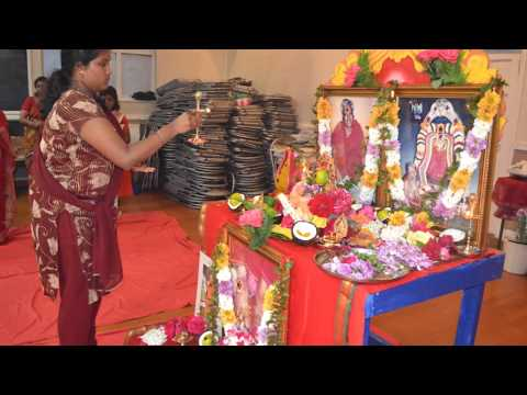 Arulmigu Melmaruvathur Adhiparasakthi, London Harrow Mandram - Vilakku Poojai 03 07 2012 video