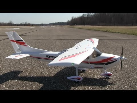 Flyzone Cessna 182 RTF Review - Part 1. Intro and Flight