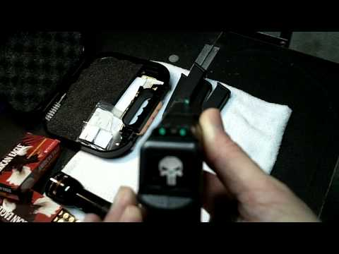 Glock 22/.40cal Goodies from the GunShow!!.MOV