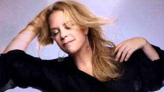 Watch Mary Chapin Carpenter Here I Am video