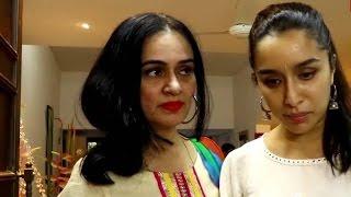 Farhan & Shraddha Linkup Upsets And Angers Shraddha's Mom   Bollywood News