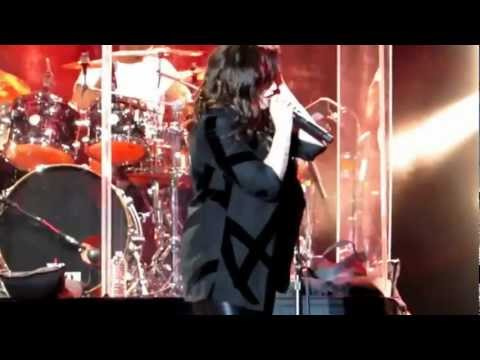 Demi Lovato - Heart Attack (Live At Universal Orlando)