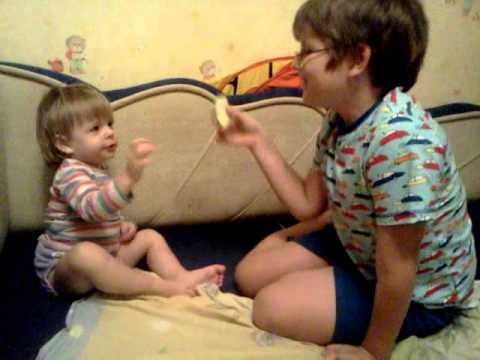 смотреть видео онлайн брат трахнул сестру