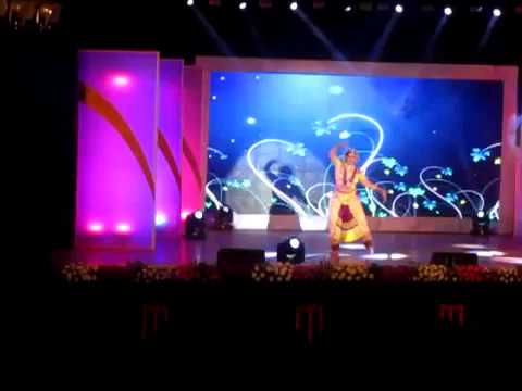 Sudha Chandran DANCE LIVE  PERFORMANCE AT THE SHOORVEER AWARDS