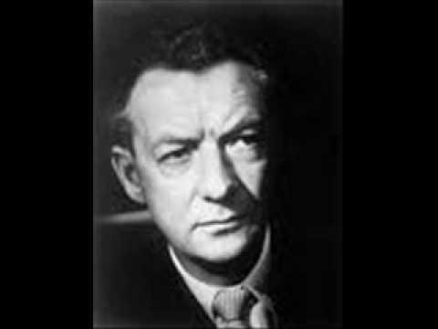 Britten Nocturnal Op.70 Part 1 Julian Bream