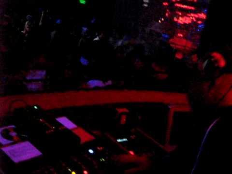 DJ Diego Gleria en Zen Disco