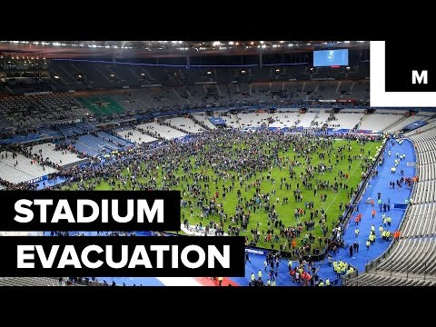 Paris Attacks: Thousands Sing National Anthem During Stadium Evacuation