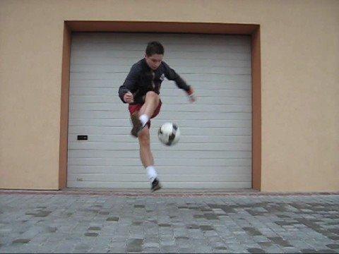 Freestyle Football - Triki Piłka Nożna