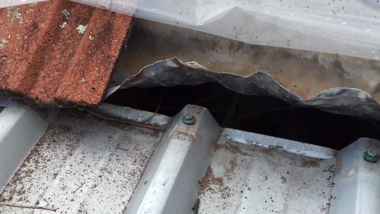 Sydney Roofing Repairs Leaking Joint Between Tile And