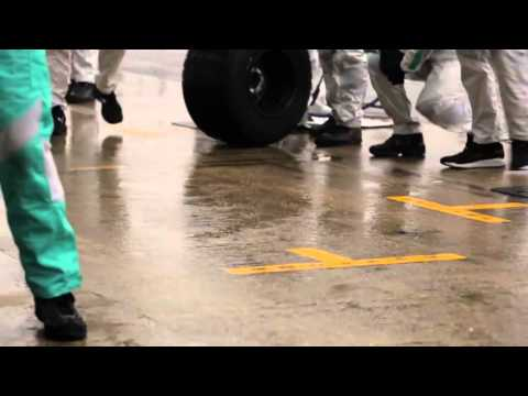 F1 2013 Mercedes AMG Pit-stop-training with Lewis Hamilton (all camera angles)