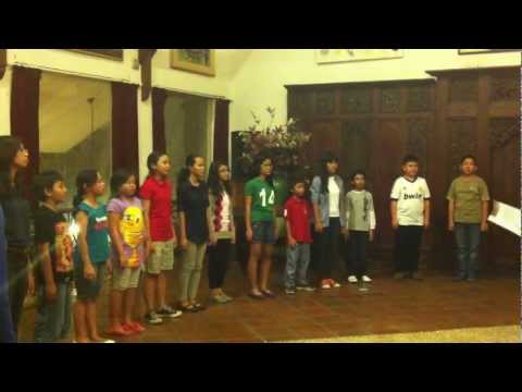 Ayam Den Lapeh   The Inconesia Children Choir video