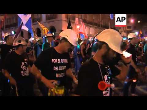 Marching coal miners arrive in Madrid to protest cuts in subsidies