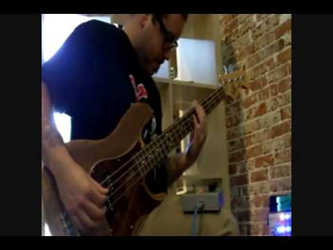 Bass Fuzz Pedal Tests (Bass Big Muff, Sovtek Muff Soundalike, Behringer Bass Overdrive)