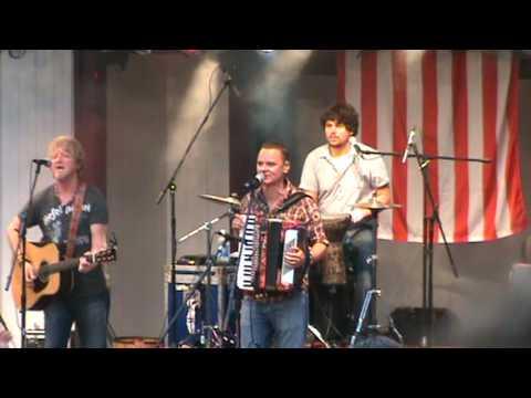 Gaelic Storm - Scalliwag