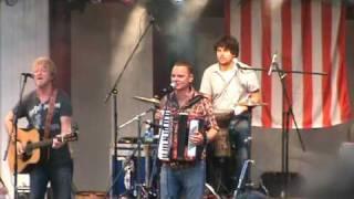 Watch Gaelic Storm Scalliwag video