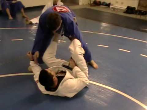 BJJ Techniques: Harpoon Sweep from Spider Guard Image 1