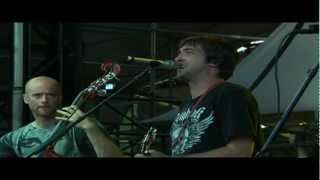Watch Yonder Mountain String Band Two Hits And The Joint Turned Brown video