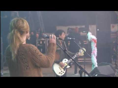 Manic Street Preachers -Your love alone is not enough [Glastonbury 2007]