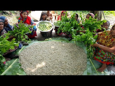 Huge Prawn Fish & Vegetables Dry Curry Cooking For Villagers - Tiny Shrimp Fish Prepared By Women
