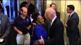 Biden, White House Welcome Federal Workers  10/17/13