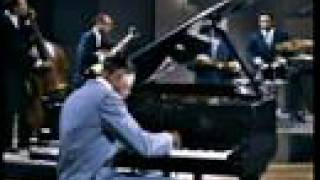 Клип Nat King Cole - Sweet Lorraine