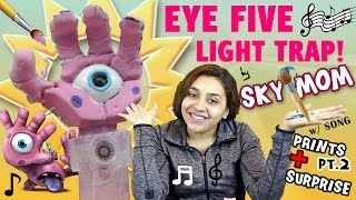 The Eye Five Hand Light Trap! Sky Mom Paints pt. 2 w/ Corny Song + Surprise! (Skylanders Trap Team)