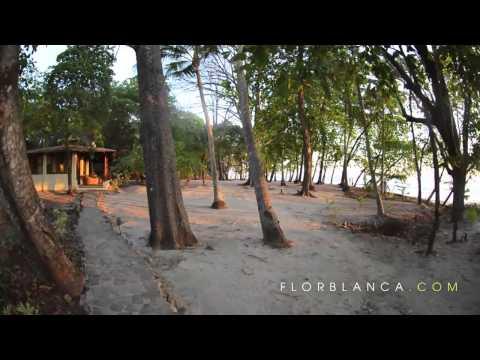 Costa Rica beaches - Playa Santa Teresa